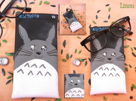 Totoro case by Darkness-nightmare