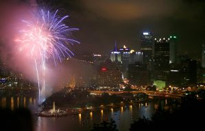 Pittsburgh Fireworks. by DRXIV