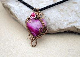 Fuchsia heart shaped Agate wire wrapped pendant by IanirasArtifacts