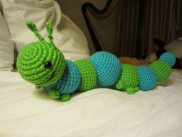 Crocheted Caterpillar by aphid777