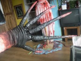 left 4 dead Witch cosplay claws by Owlbites