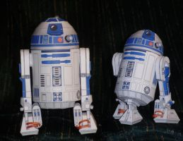 R2-D2 Papercraft by Skeleman