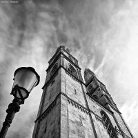 Grossmuenster by zuckerblau
