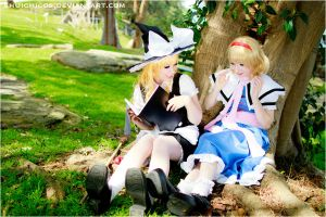 Touhou Project Marisa n Arice by shuichimeryl