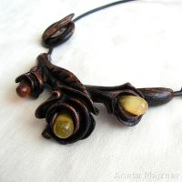 Flowers Amber and wood carved necklace by AmberSculpture