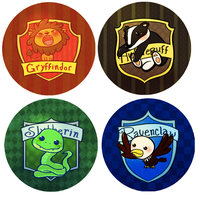 hogwarts house buttons by mayakern