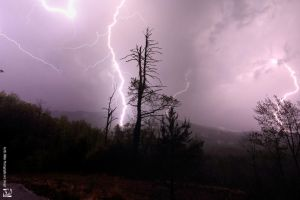 Thunderstorm in Hiawassee GA by kurtywompus