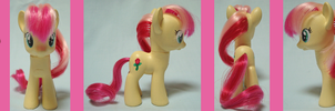 Custom Pony: RoseLuck by frostfire14