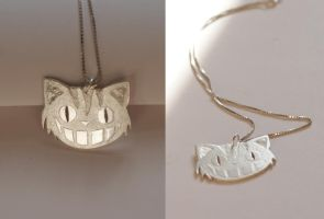 Cheshire Cat -silver necklace- by MirielDesign
