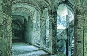 abandoned mysterious places No.5 by MT-Photografien