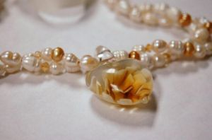 Gold and White Pearl Bridal Necklace by saourealis