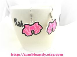 Dangly bow earrings by zambicandy