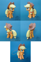 Applejack with Lasso Custom by Amandkyo-Su