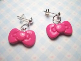 Hello Kitty Bow Earrings by JennyLovesKawaii