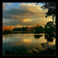 Autumn at the lake II by hamti
