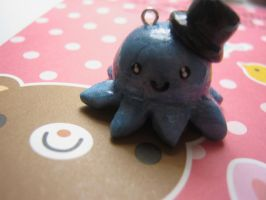 Octopus Charm w/ Top hat by bunnysmiles