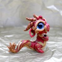 Small Coin Dragon by BittyBiteyOnes