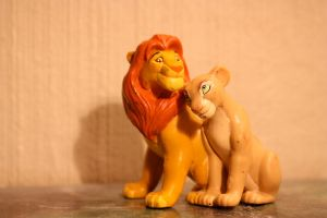 The Lion King Simba and Nala figure by CrocodileRawk