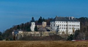 Usov castle by Alouette-Photos