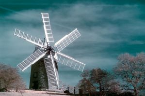 Windmill in IR by Lazlowoodbine2010