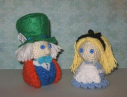 Alice and Mad Hatter Amigurumi by Craftigurumi