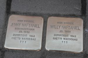 Stolpersteine .. 4 .. Stumbling block by utico
