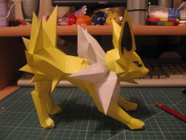 Jolteon- other side by sazmullium