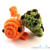 Finding Nemo: Nemo and Squirt Amigurumi by jennybeartm