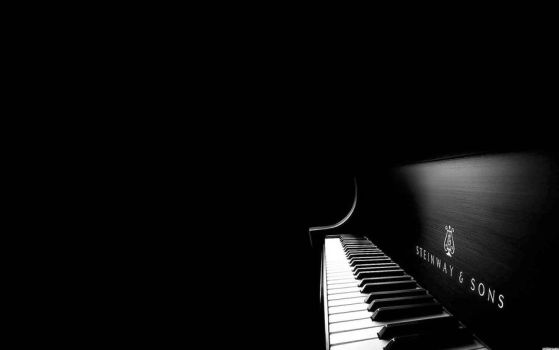 The slow piano. by bigstratos