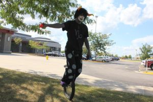 Unicycle Juggling Epicness by WhoeMelk13