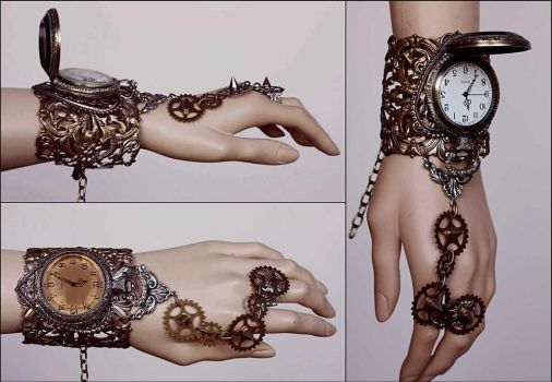 Large watch face spiked cuff by Pinkabsinthe