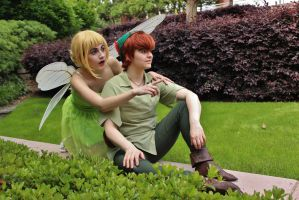 Peter and Tinker Bell by shelbeanie