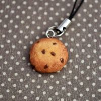 clay chocolate chip cookie by hellocuteness