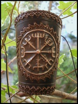 Vikings compass bracer by morgenland