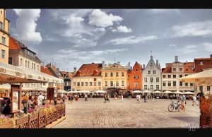 Tallinn Town Hall Square by Pajunen