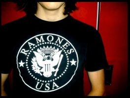 ramones. by courtneydead