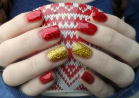 Festive glitter nails by NailedItWithGlitter