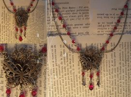 Cause and Effect Necklace by hrekkjavakaastarkort