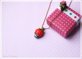 chocolate covered strawberry by PodrugaSamodelkina
