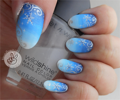 Freehand Snowflakes and Acrylic-Gradients by Ithfifi