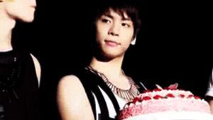 jong and cake gif by mada29