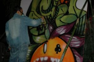 Graffiti in action 2 by tintanaveia