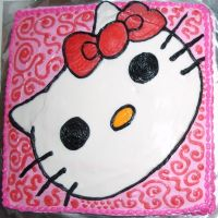 Hello Kitty Cake by marandaschmidt