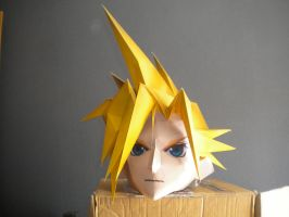 Cloud Strife papercraft mask by stephane57
