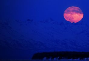 Blue moonrise by JWFisher