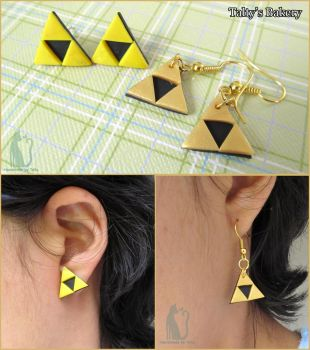 Polymer clay handmade Triforce Earrings by Talty