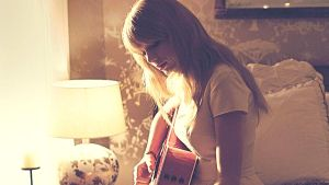 Taylor Swift Desktop Background #12 by Stay-Strong