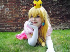 Peach - Super Mario Bross by Ombre-Vorpaline