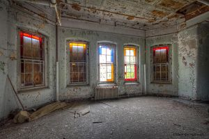 Pretty colors in decay by pewter2k