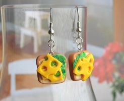 Lunch Sandwich Earrings by Madizzo